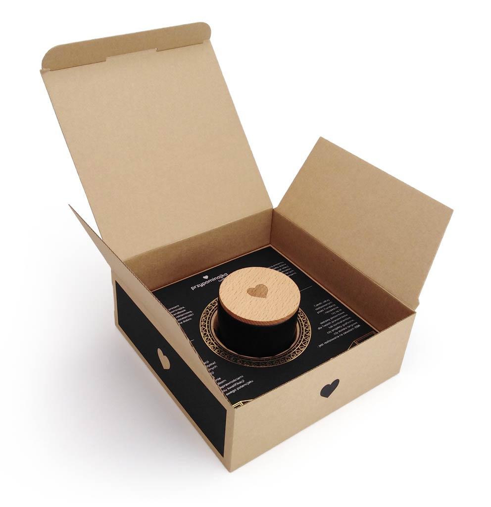 Przypominajka - Zestaw prezentowy - czarna świeca, czarna wkładka ulotka